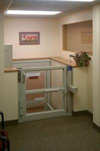 plataforma elevatoria de acessibilidade 4